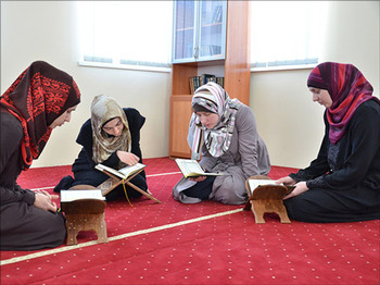 Vera Verinak became first Ukrainian Muslim to memorize Qur'an